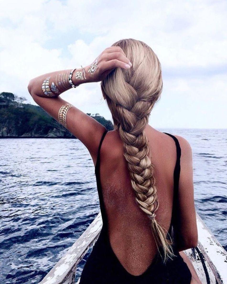 Women essentials   📍join us on instagram @billionairelabel Billionaire  Billionairelabel Princess Girl Long Hair Water Sea