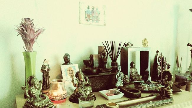 Altars my sister little altar.. Hinduism Hindu Little Temple