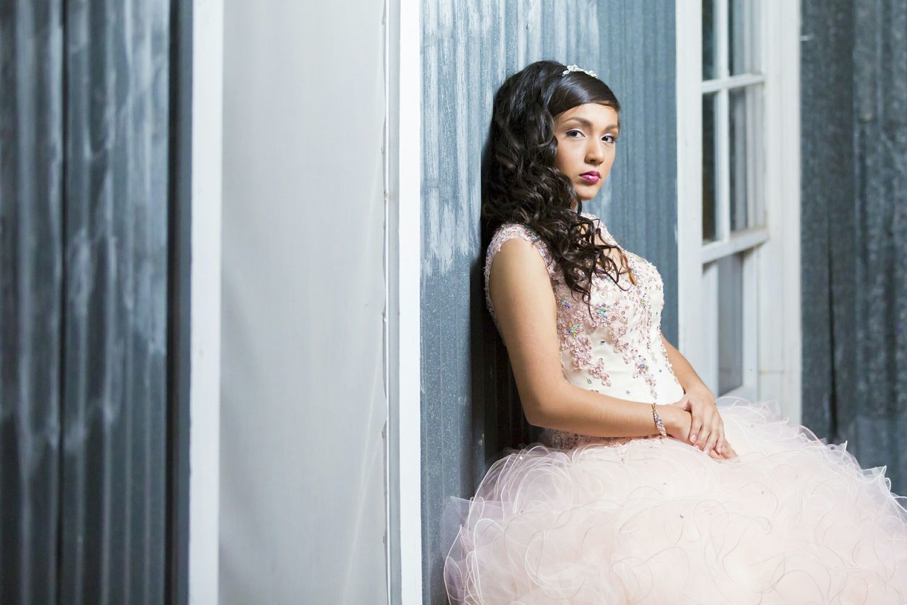 Quinceañera FifteenYears Fifteen Birthday Birthday Celebration Portrait Pose Posing Dress