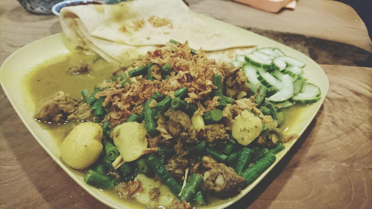 Esta noche Surinam Food its el tiempo de Roti Food Photography Foodspotting