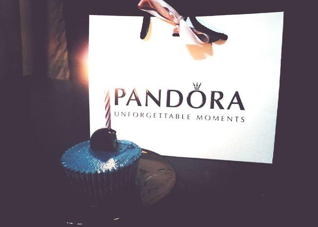 Mum's birthday Birthday Surprise Pandora Cupcake