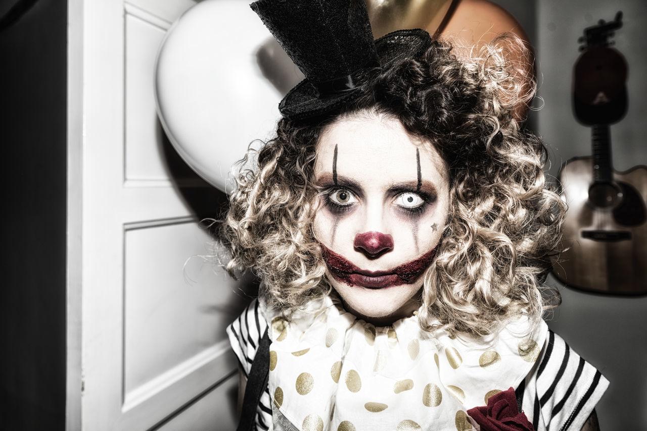 Beautiful stock photos of halloween, 30-34 Years, Blond Hair, Close-Up, Costume
