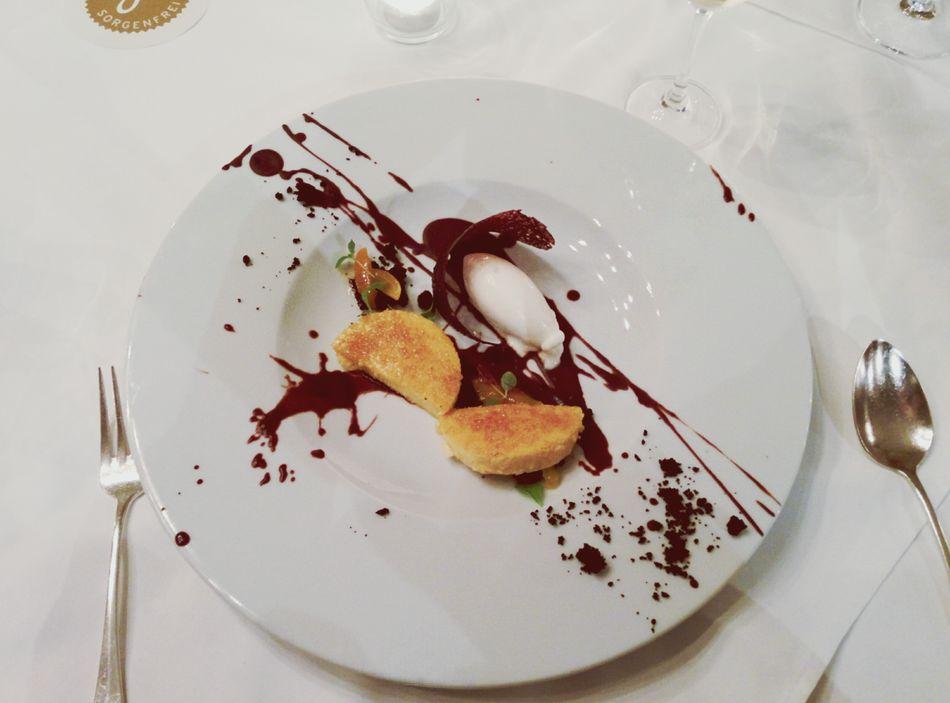 Ein bisschen Splatter zum Dessert...