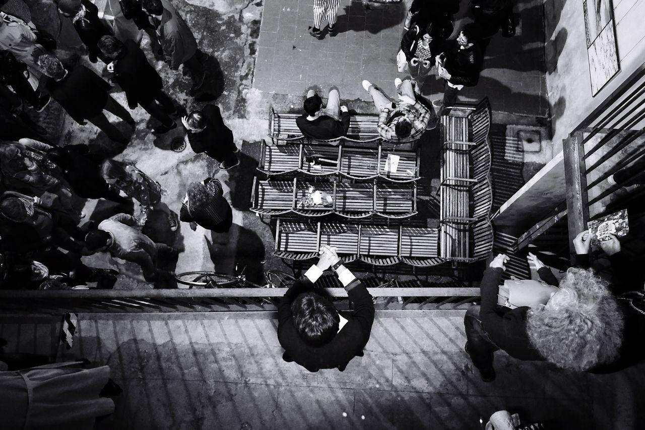 Master of puppets // Reggio Emilia - Fotografia Europea 2017 // May'17 Blackandwhite Monochrome People Streetphotography Reggio Emilia Fotografia Olympus Mirrorless Candid Master Of Puppets Night Top Perspective The Photojournalist - 2017 EyeEm Awards