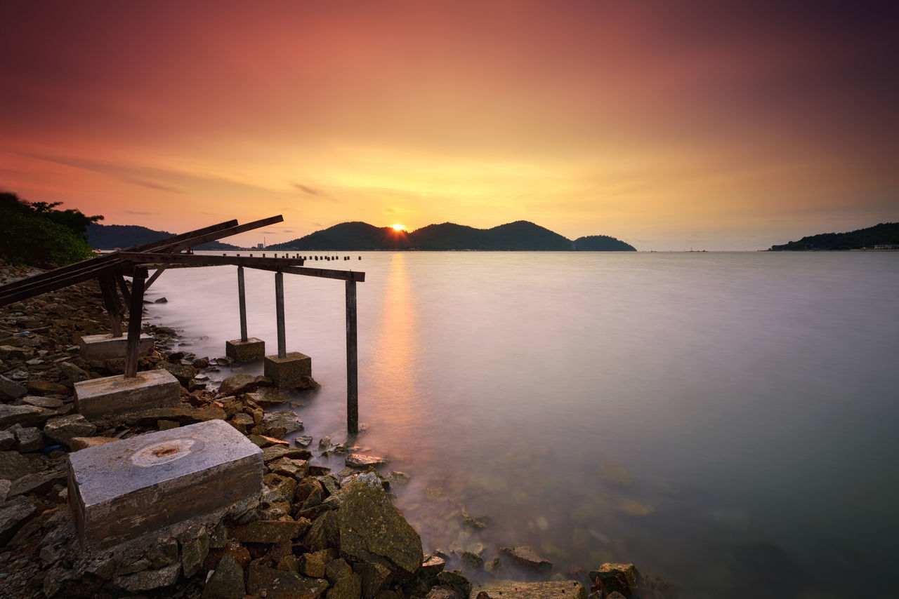 Long exposure seascape during sunset at Lumut, Malaysia Beach Beauty In Nature Beauty In Nature Cloud - Sky Day Eye4photography  EyeEm Best Shots EyeEm Gallery EyeEm Nature Lover Eyeemphotography Getty Images Getty X EyeEm Island Mountain Nautical Vessel No People Occupation Outdoors Sea Seascape Sky Sunset Tranquility Travel Destinations Water EyeEmNewHere