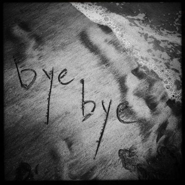 Queridos amig@s! Me tomo un descanso! Estare en Instagram: Audrey_bonn. Nos vemos pronto / Dear freinds I take a rest! Will be at Instagram: Audrey_bonn. See you Blackandwhite Bye Bye soon.