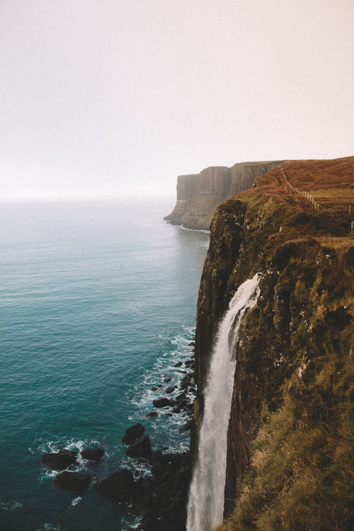 This was when i was exploring the Isle of Skye and it was also one of the best days of my life! If you ever have the chance to visit here i highly recommend it!! DO IT!! | EyeEmNewHere EyeEm Selects Sommergefühle Kilt Rock Scotland Isle Of Skye Rock - Object Nature Water Scenics Beauty In Nature Cliff Outdoors Landscape Wanderlust Travel Destinations Misty Morning Let's Go. Together. No People Glencoe Waterfall Adventure Explore Exploring New Ground Horizon Over Water Your Ticket To Europe