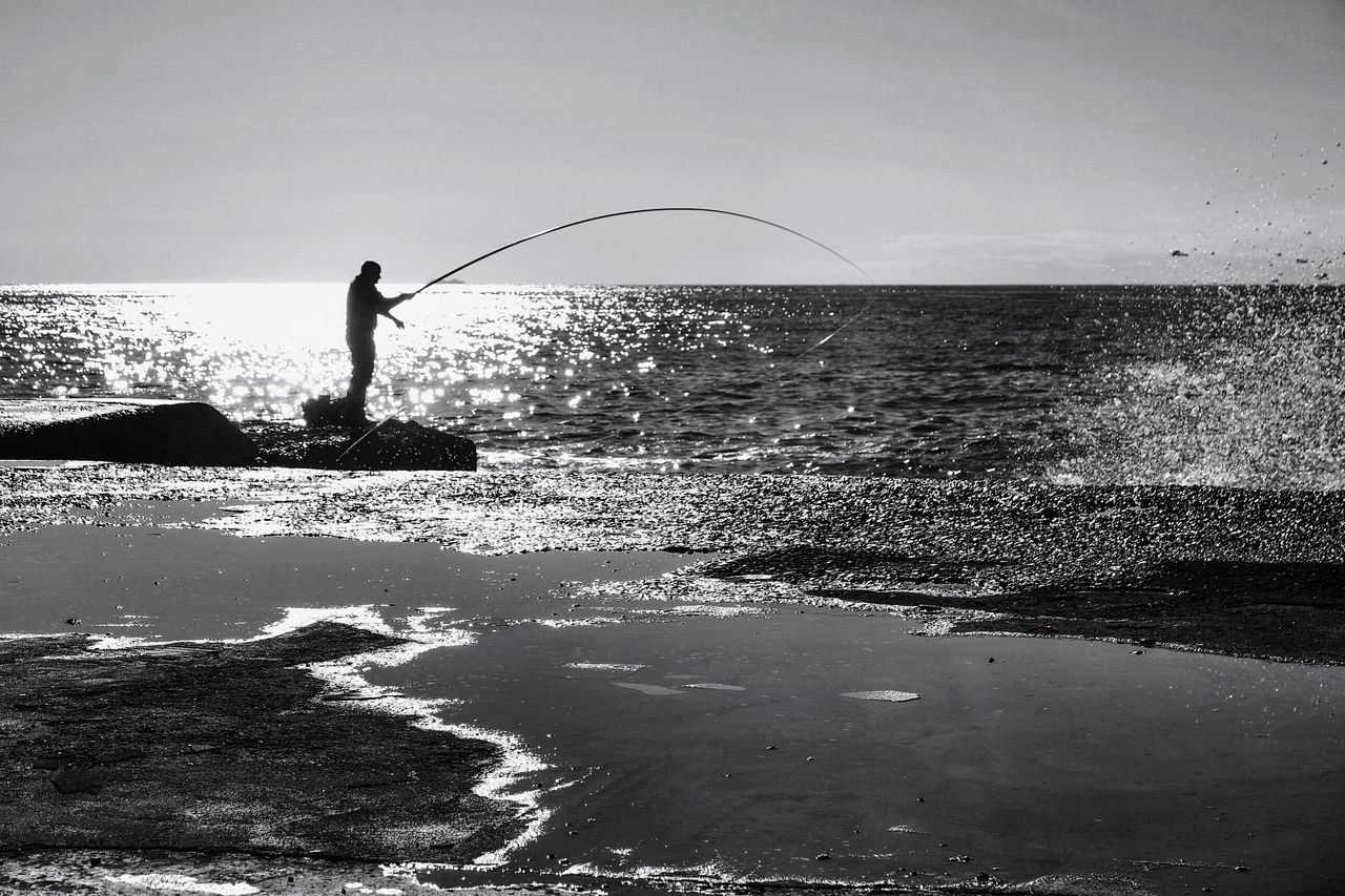 Fishing Silhouette One Person Sea Outdoors People Water Adults Only Only Men Day Adult Light In The Darkness Light And Shadow Fresh 3 EyeEm Best Shots Open Edit Eye4photography  Adult Men Tranquil Scene Blackandwhite Blackandwhite Photography Blancoynegro Bianco&nero Noir Et Blanc Fisherman