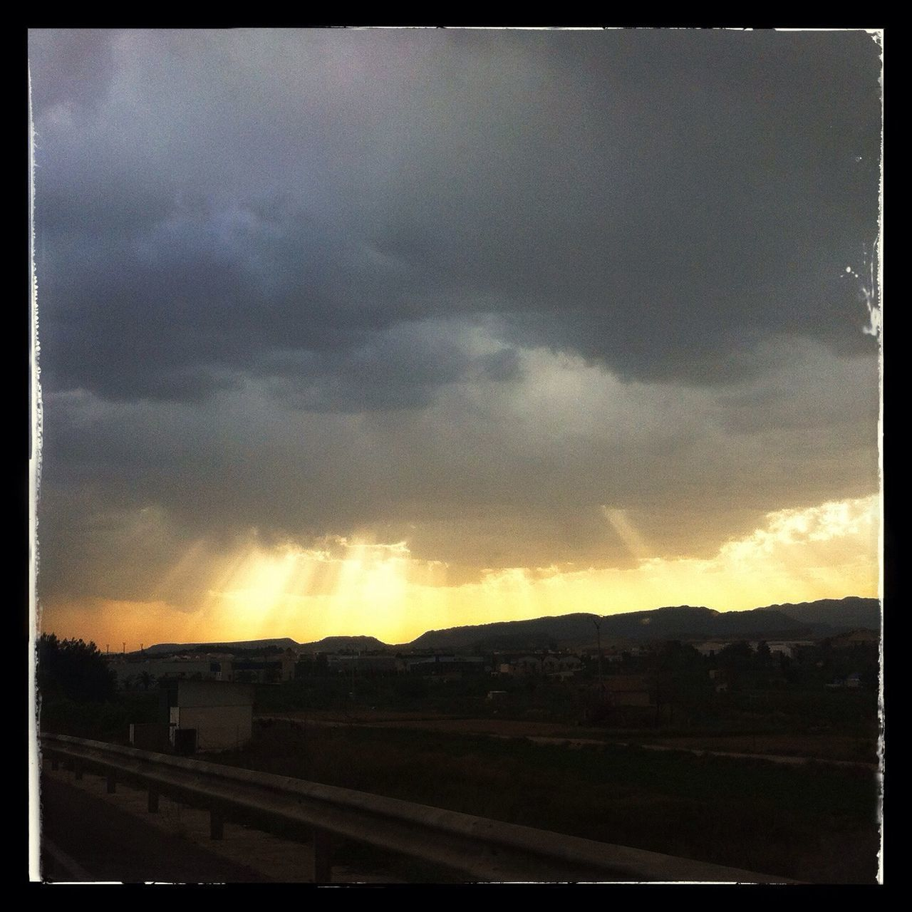 La luz se abre paso entre las nubes en Ceutí Skyporn Murcia Clouds And Sky