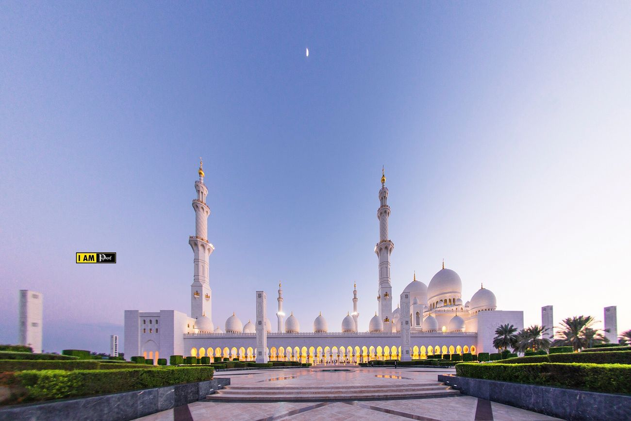 Sheikh Zayed grand mosque in Abudhabi No People Mosque Abudhabi Abu Dhabi UAE Zayed Grand Mosque First Eyeem Photo