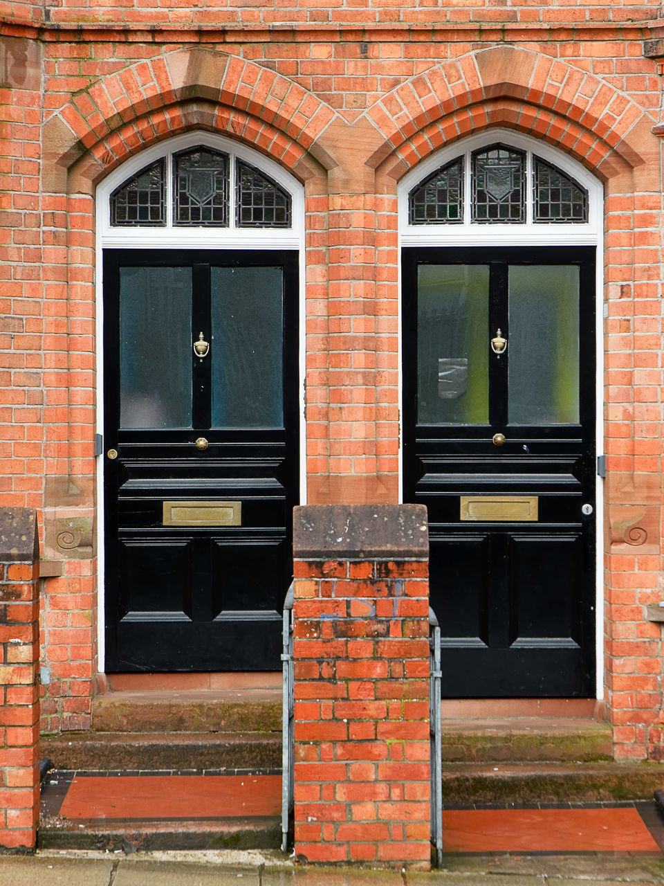 architecture, building exterior, window, outdoors, built structure, door, brick wall, day, no people