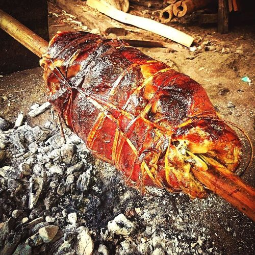Traditional way of roasting. Food Foodphotography Foodporn Roastpork Roastporkbelly Foodgasm Home Cooking Lechon Belly Traditional Way Of Cooking Charcoal Fire Lechon