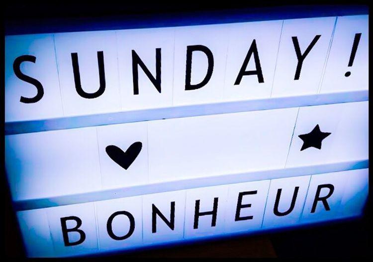 Blue Text Lazyday Sunday Bonheur Happyness Donothing Neon
