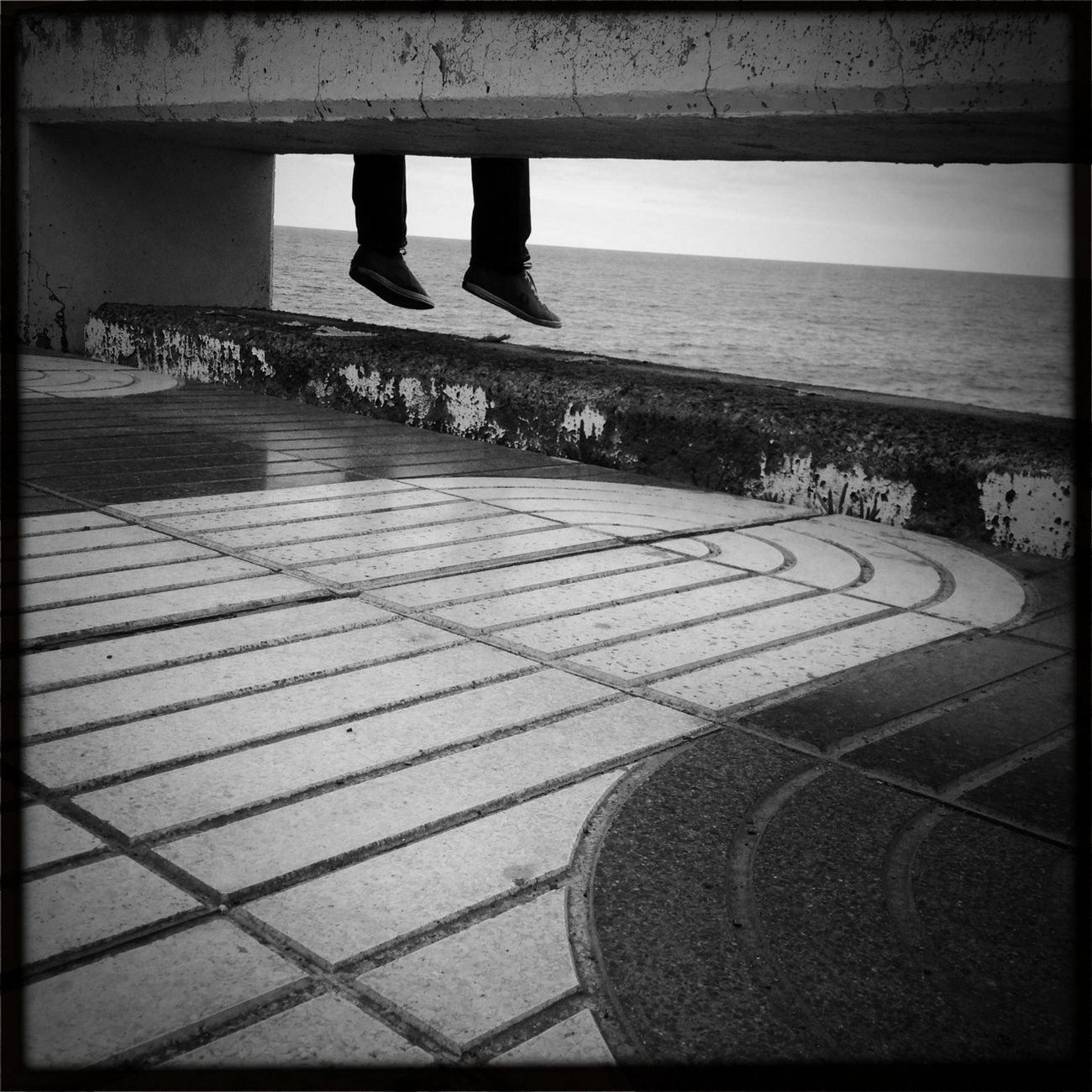 Hipstamatic Blackandwhite Other People's Shoes