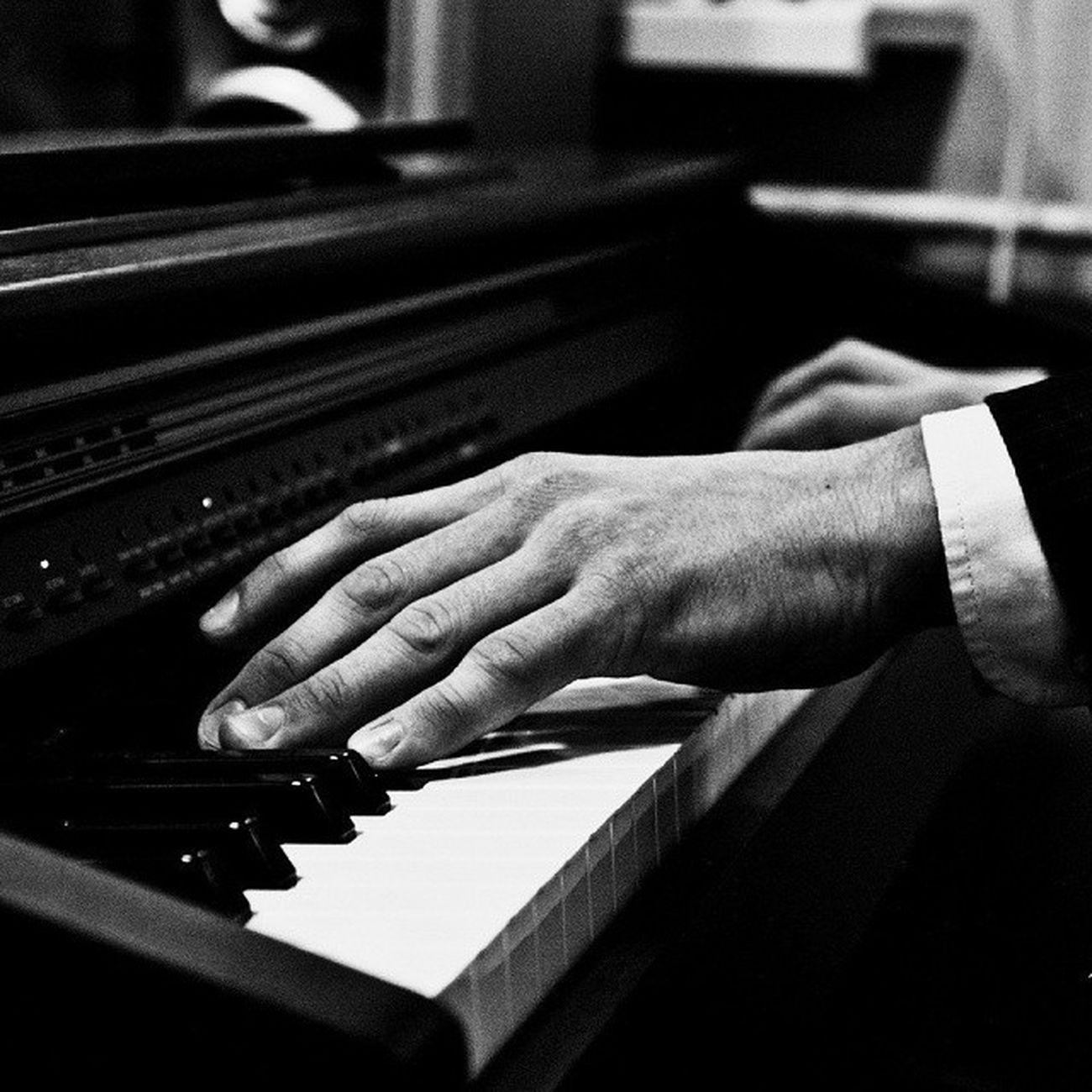 Piano_Maestro