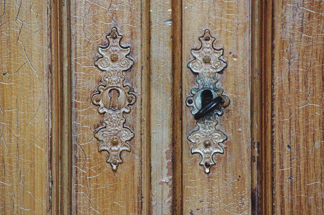 Hello World Click Click 📷📷📷 Doors Doors Lover Shabby Old Door Taking Photos Throughmyeyes Eye For Details Hasselbrooklyn Indoors  Hamburg Germany🇩🇪