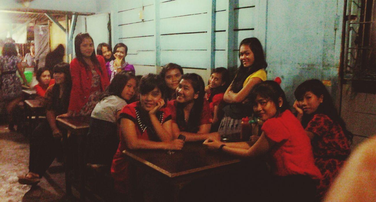 bakso 6rb lumayan ganjal peruttt XD Bakso Friends Girls Church
