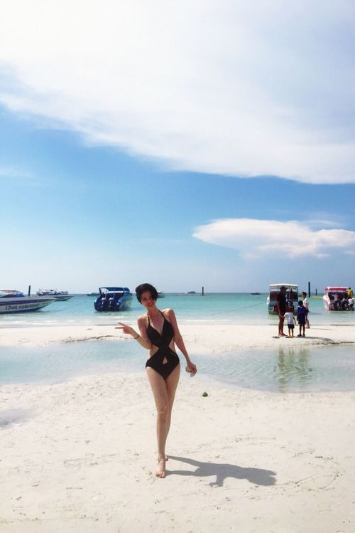 yesterday in Pattaya coral island. Thailand Pattaya Coral Island,Thailand Sun Shine Swimming Beach That's Me Relaxing Enjoying Life