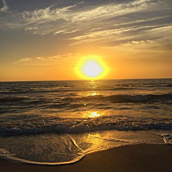 Sea Sunset Nature Beauty In Nature Sun Horizon Over Water Scenics Sky Tranquility Water Idyllic Tranquil Scene Wave Beach Outdoors No People Day LoveNature Beauty In Nature Perfect Summer June 2016 Love