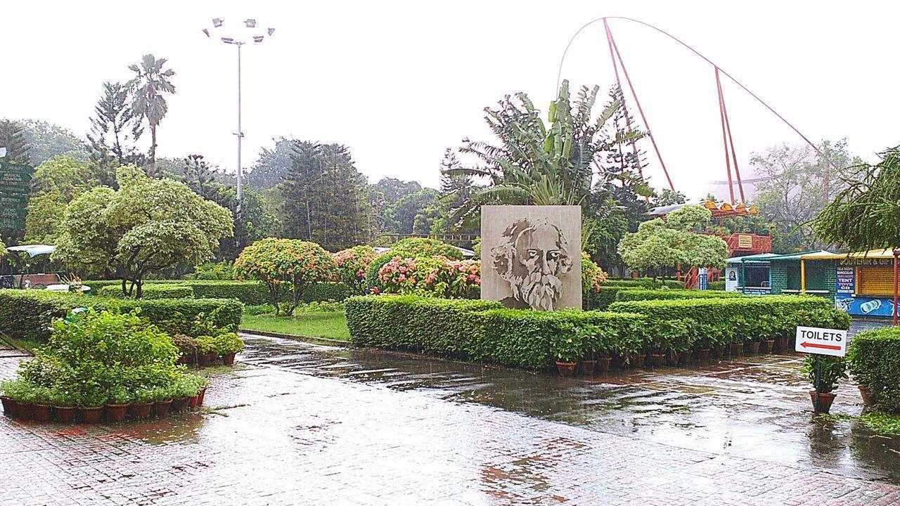 Science City Kolkata Plants Park - Man Made Space Ravindranath Tagore After The Rain Beautiful Creation Science City Kolkata Fresh On Eyeem  India West Bengal ASIA