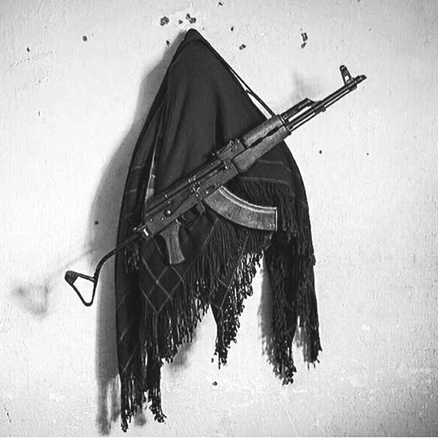 Yasaklı türkülerim var, vurun beni. Pkk✌✌✌ HPGgerilla YPG Bijikurdistan #berxewdana#ypg Yps Gerilla
