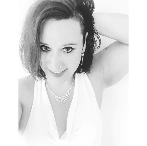 Portrait Photooftheday Selfie ✌ Self Portrait Rockabella Eyemphotos Picoftheday People Eyem Pictureoftheday EyeEm Best Shots Eyemphotography Eyem Gallery Photography Fotografie Picture Indoors  Photo Blackandwhite Fotos Foto Tattooedgirls Inked Girl Rockgirl Person