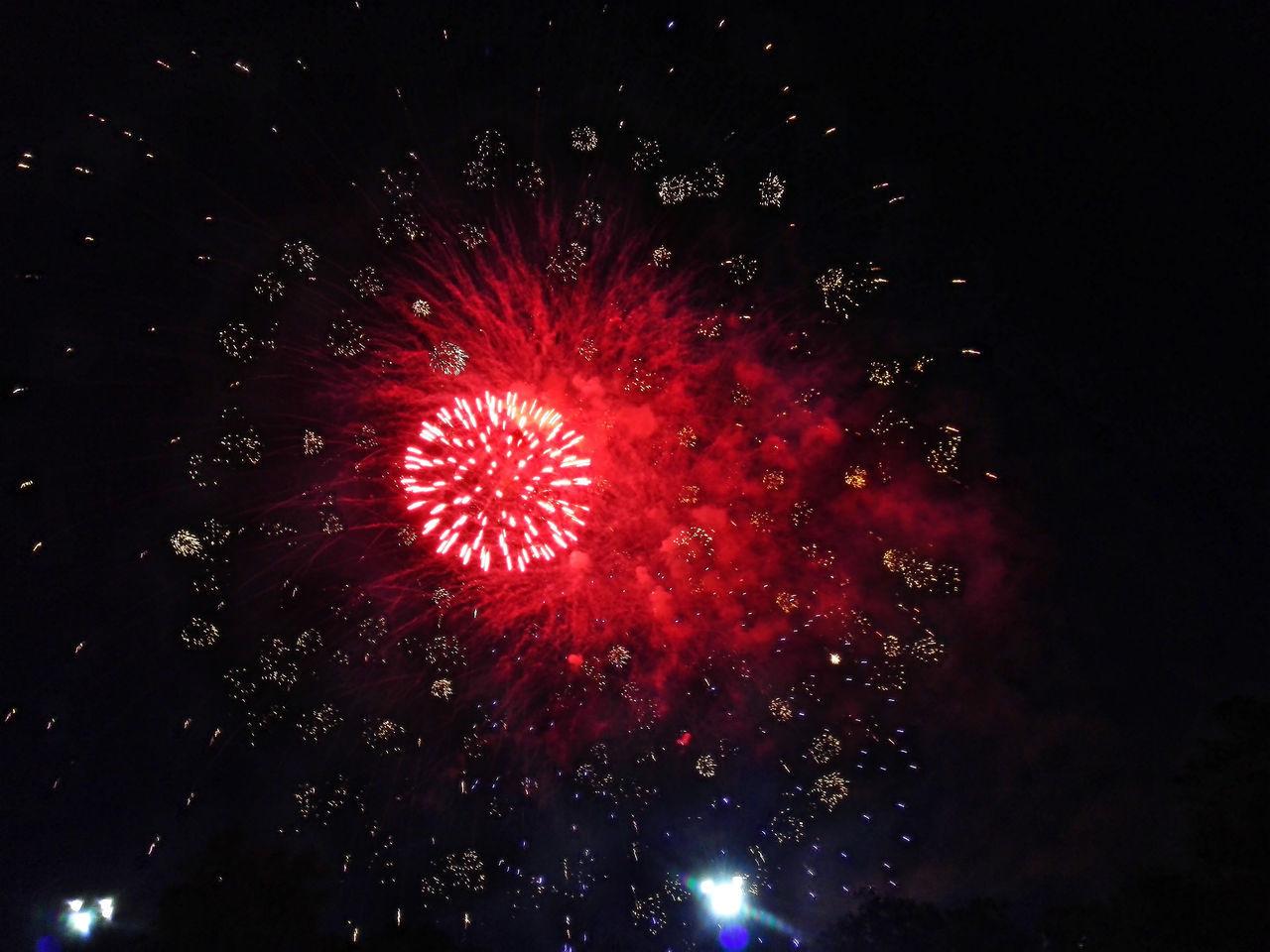 Night Red Outdoors Firework Display салют Fireworks Huawei Honor6 Huawei Honor 6 Севастополь Sevastopol  Sevastopol' Cremea Russia Event No People Celebration