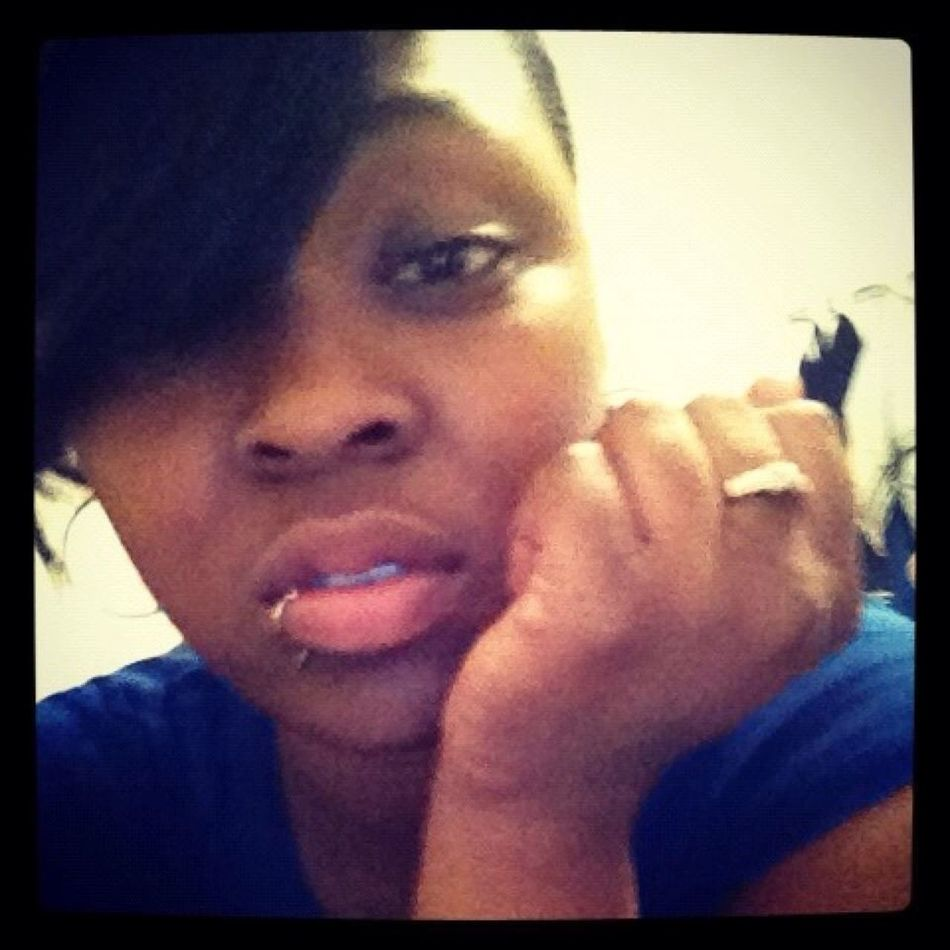ATTENTION EVERYONE.!!!! GO FOLLOW HER @_AyooChocolate