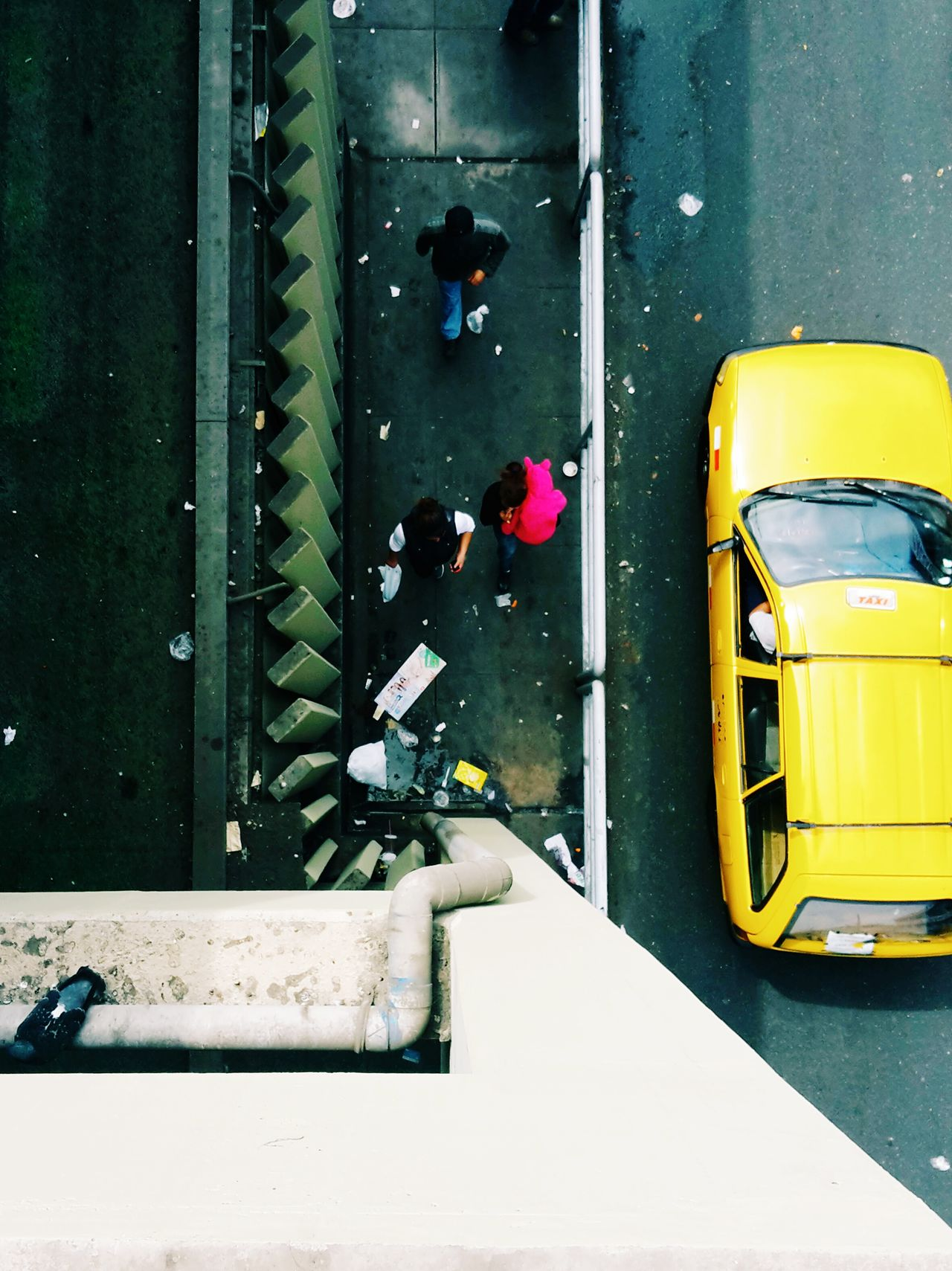 Bunny spotted. A Bird's Eye View Street Photography VSCO EyeEm Lima Perú Top Down