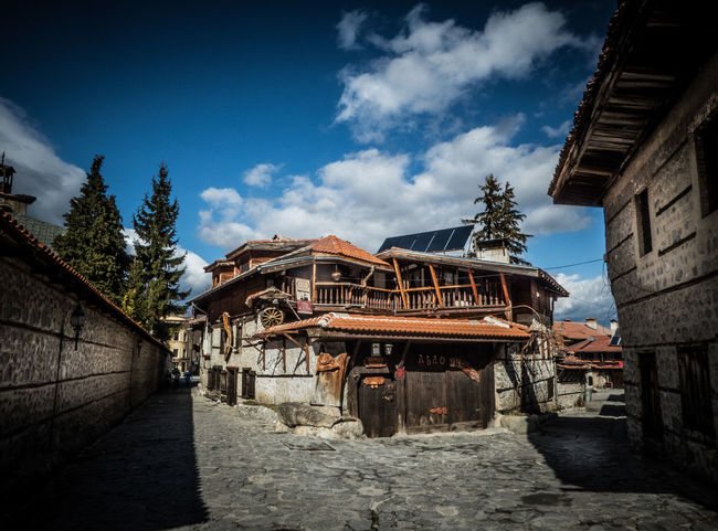 A proper old restaurant in Bansko Old town Architecture Bansko Building Exterior Built Structure Bulgaria Bulgarian Bułgaria Cloud - Sky Composition Culture Exterior Historic History Old Old Buildings Old But Awesome Outdoors Panasonic Lumix Perspective Restaurant Roof Sky Town Tree Village