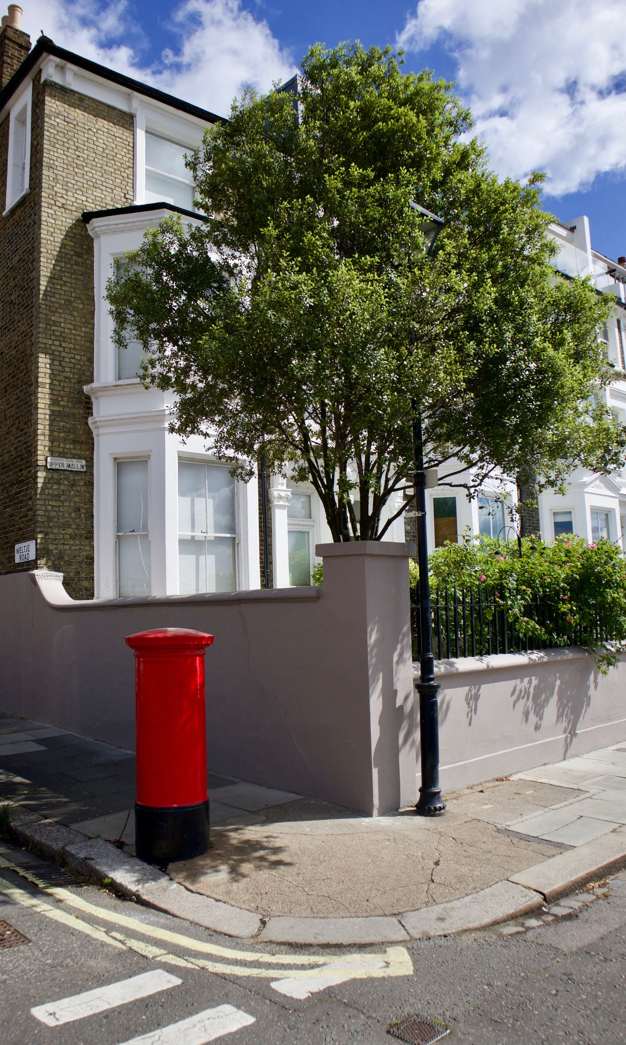 England Green Growth Hanging Out House Landscape Letter Box London Relaxing Street Streetphotography Tree Uk Urban