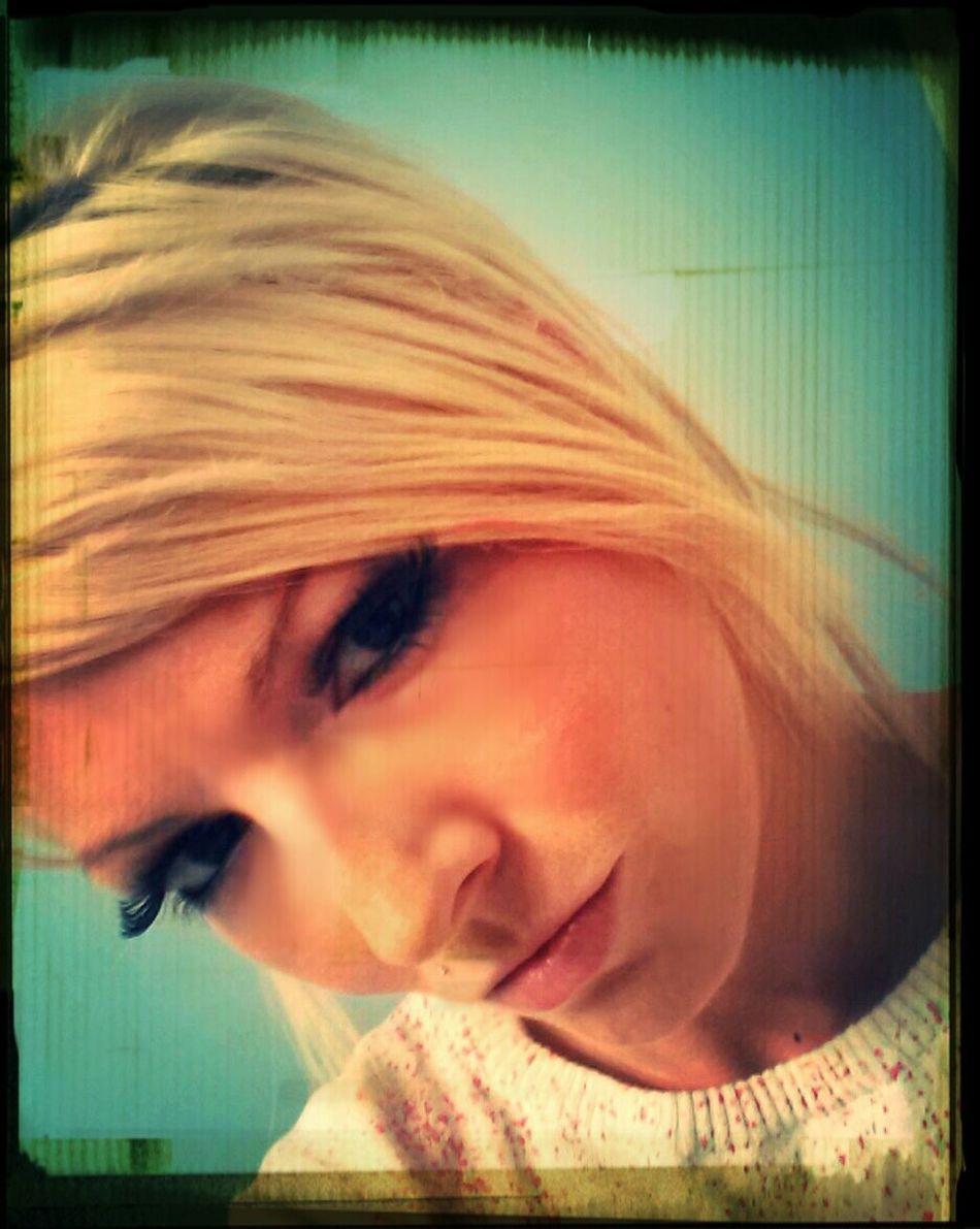 Meow... Kiss Me♥ Its A Blonde World