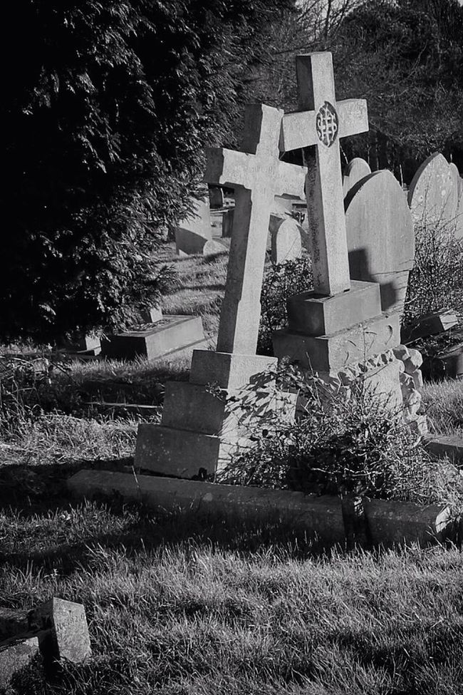 Darkart Bw_collection My Unique Style Blancoynegro Photography Cemetery Graveyard Beauty Monochrome Black&white Landscape