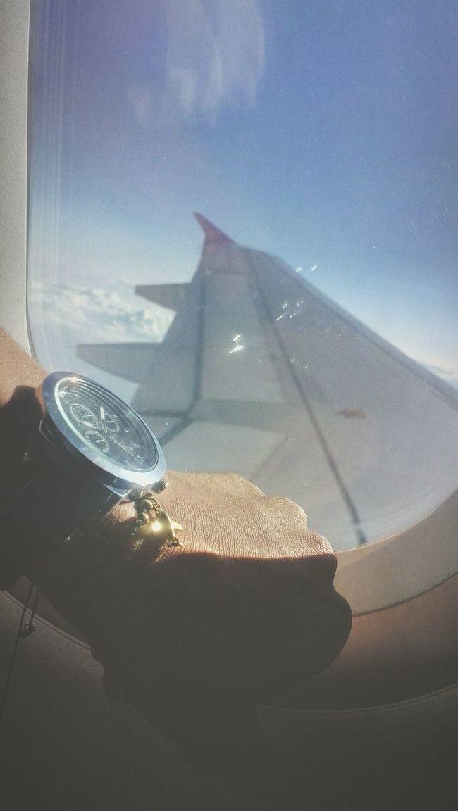 Fly Aviationphotography Aviation Acsessories Reloj Ventana Con Vistas Beautiful Day