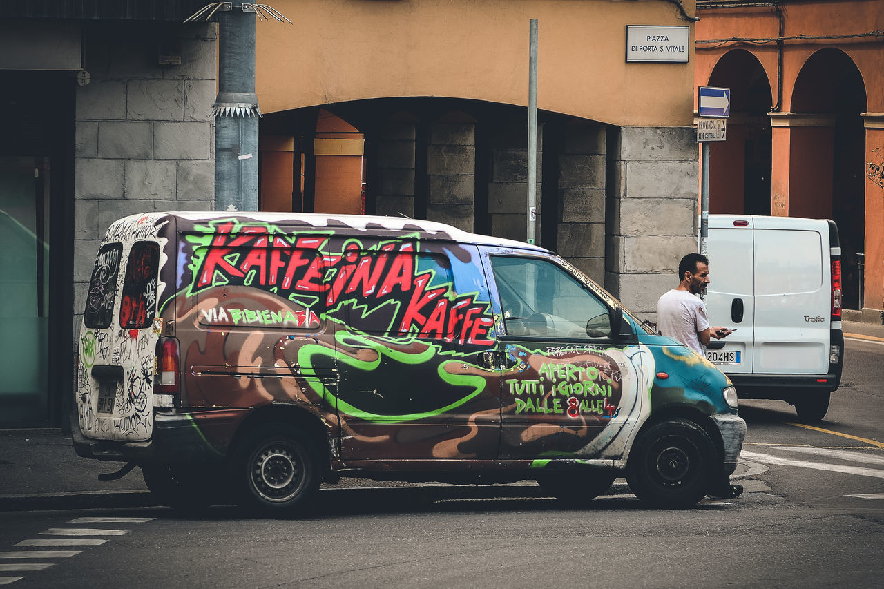 Street Art on Wheels. Bologna, Italy. Nikon D7100 | 70mm | 1/250 sec | f/4 | iso 100 Wanderlust, Streetart, Streetphotography, Urban Exploration, Art On Wheels.