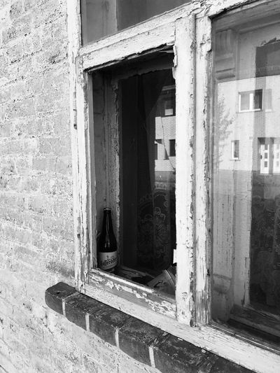 Bier Time bier Built Structure Architecture Abandoned Window No People Building Exterior Day Weathered Bad Condition Outdoors Close-up