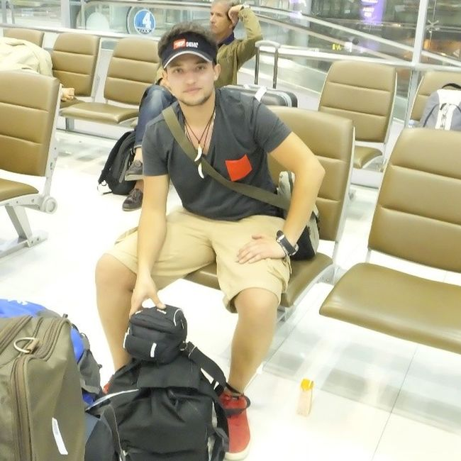 Mrw7en Thailaind Thai Phuket Airport holidays takingphoto havingfun awsm