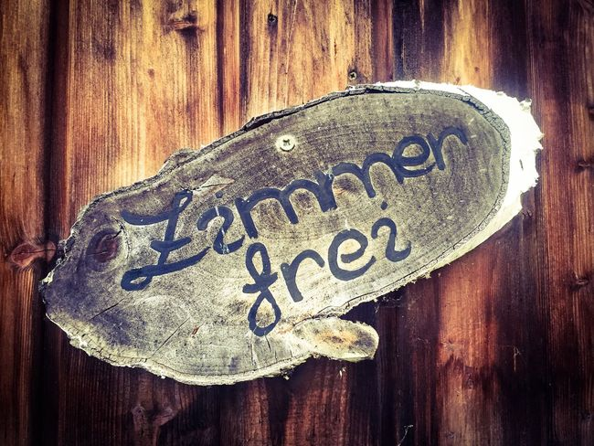 Wooden sign showing the german term Zimmer frei (i.e. vacancies) Accomodation German Germany GERMANY🇩🇪DEUTSCHERLAND@ Rooms For Rent Sign Vacancies Vacations Wood - Material Wooden