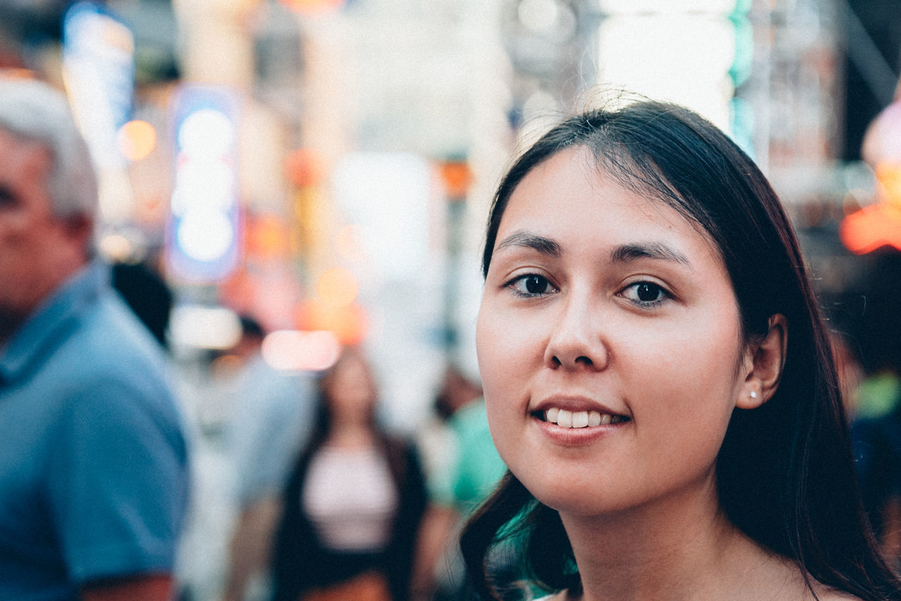 Beautiful stock photos of new york, 25-29 Years, Asian And Indian Ethnicities, Black Hair, City