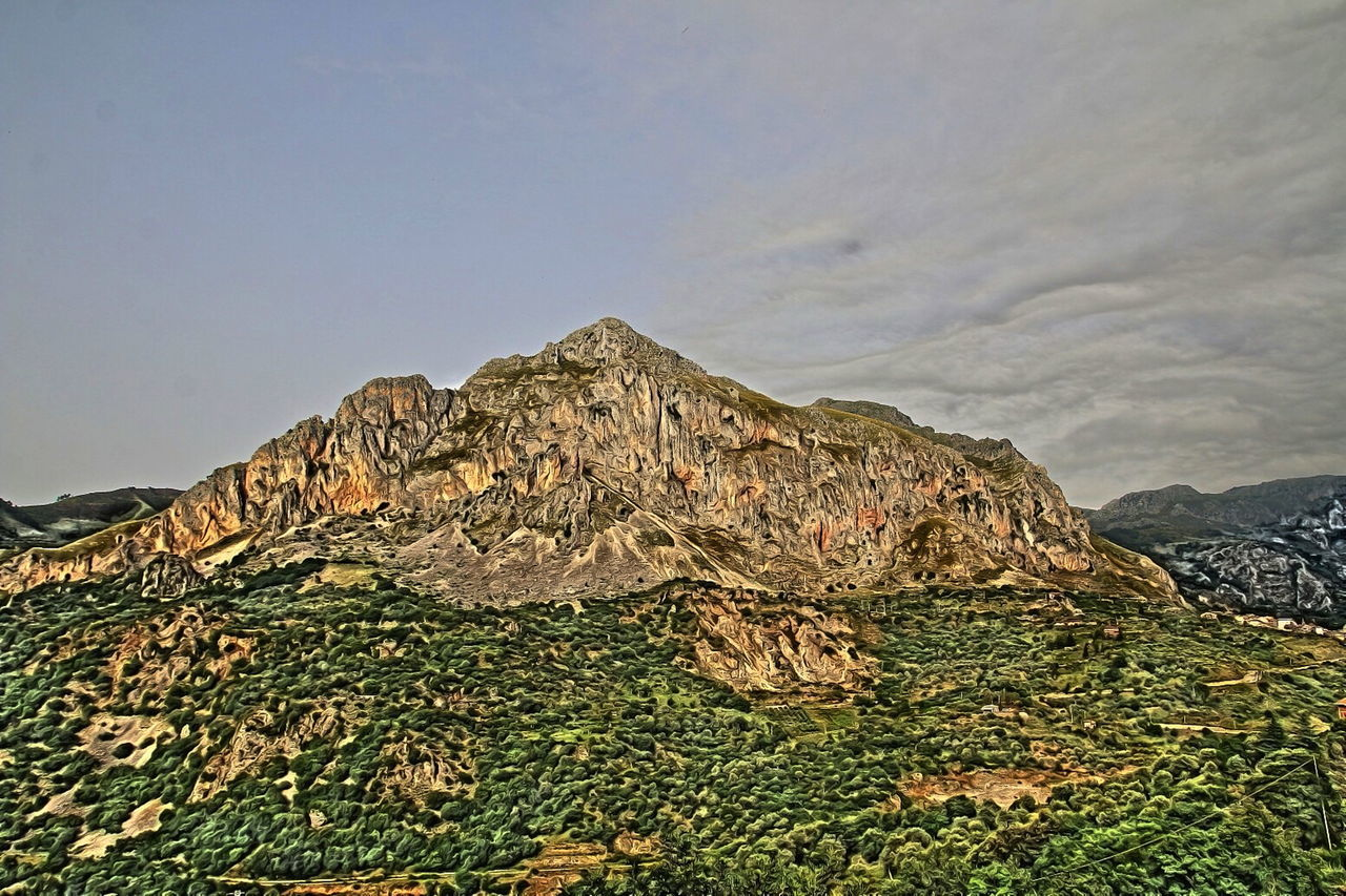 rocca Traora Idyllic Landscape Mountain Physical Geography Remote Rock - Object Rock Formation Rocky Scenics Tranquil Scene Tranquility