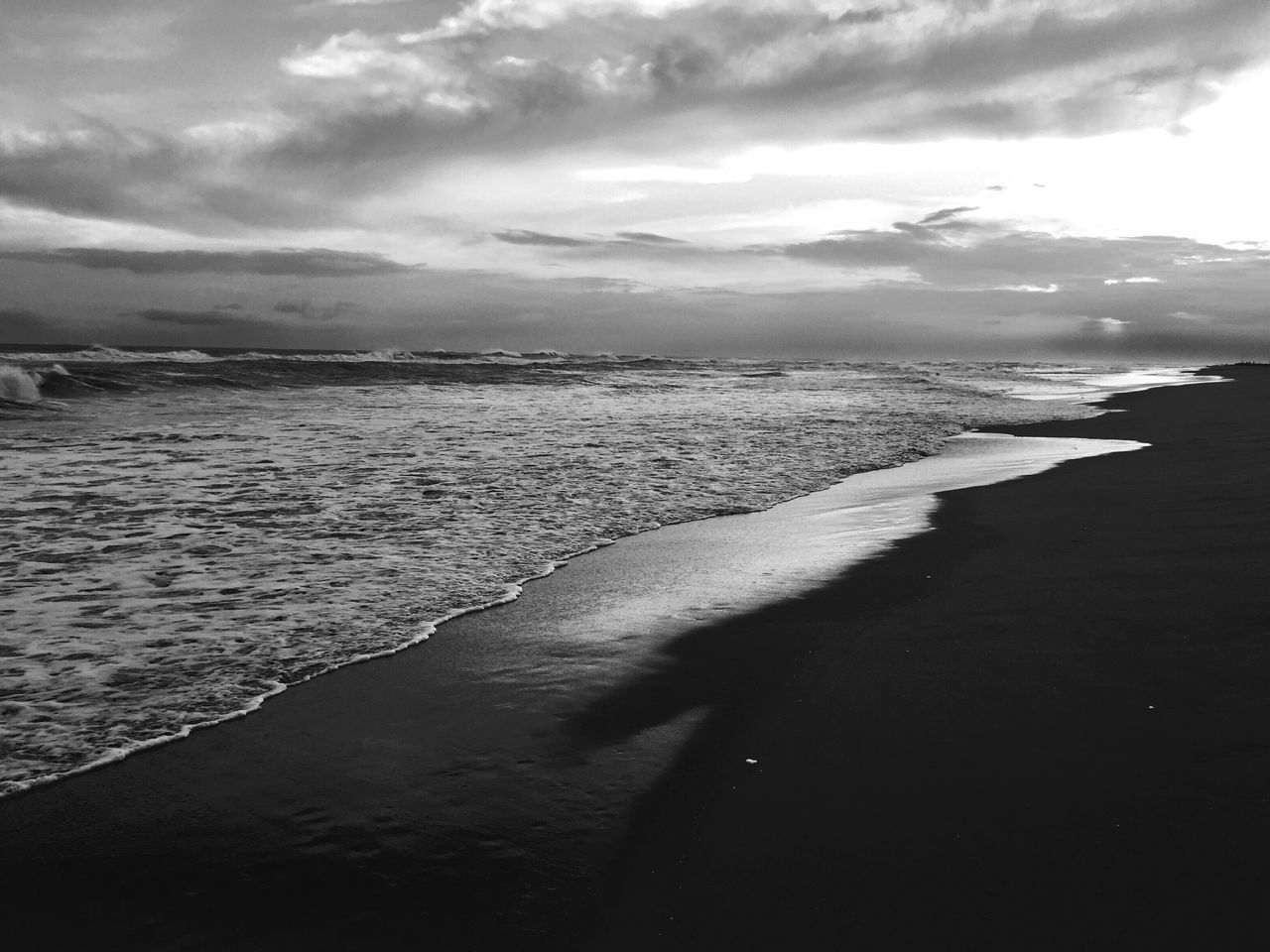 Water Nature Beauty In Nature Sky Tranquil Scene Sea Scenics Cloud - Sky Tranquility Outdoors Beach No People Day Mountain EyeEm Nature Lover EyeEm Gallery Blackandwhite EyeEm Bnw On The Beach