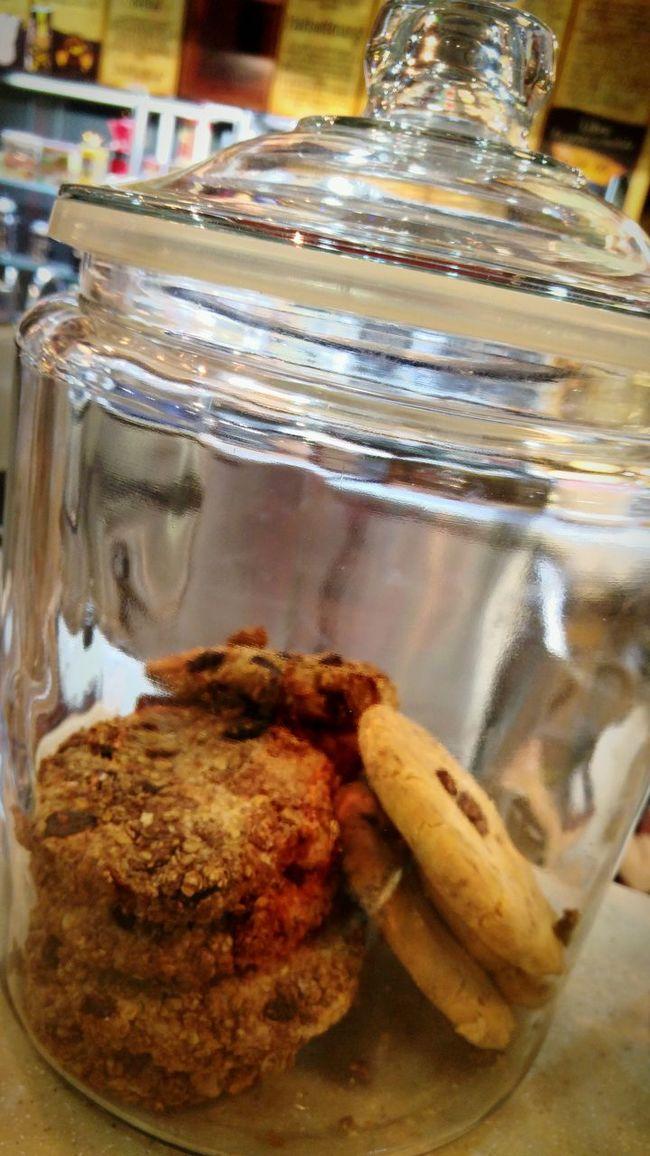 Cookies Cookie Jar Galletas Chocochip Chocolate Chip Cookies Galletas De Chocolate Chip Coffee Coffee Shop Cafe Cafeteria Frascos De Vidrio Frasco Galletas De Avena Wheat Cookies