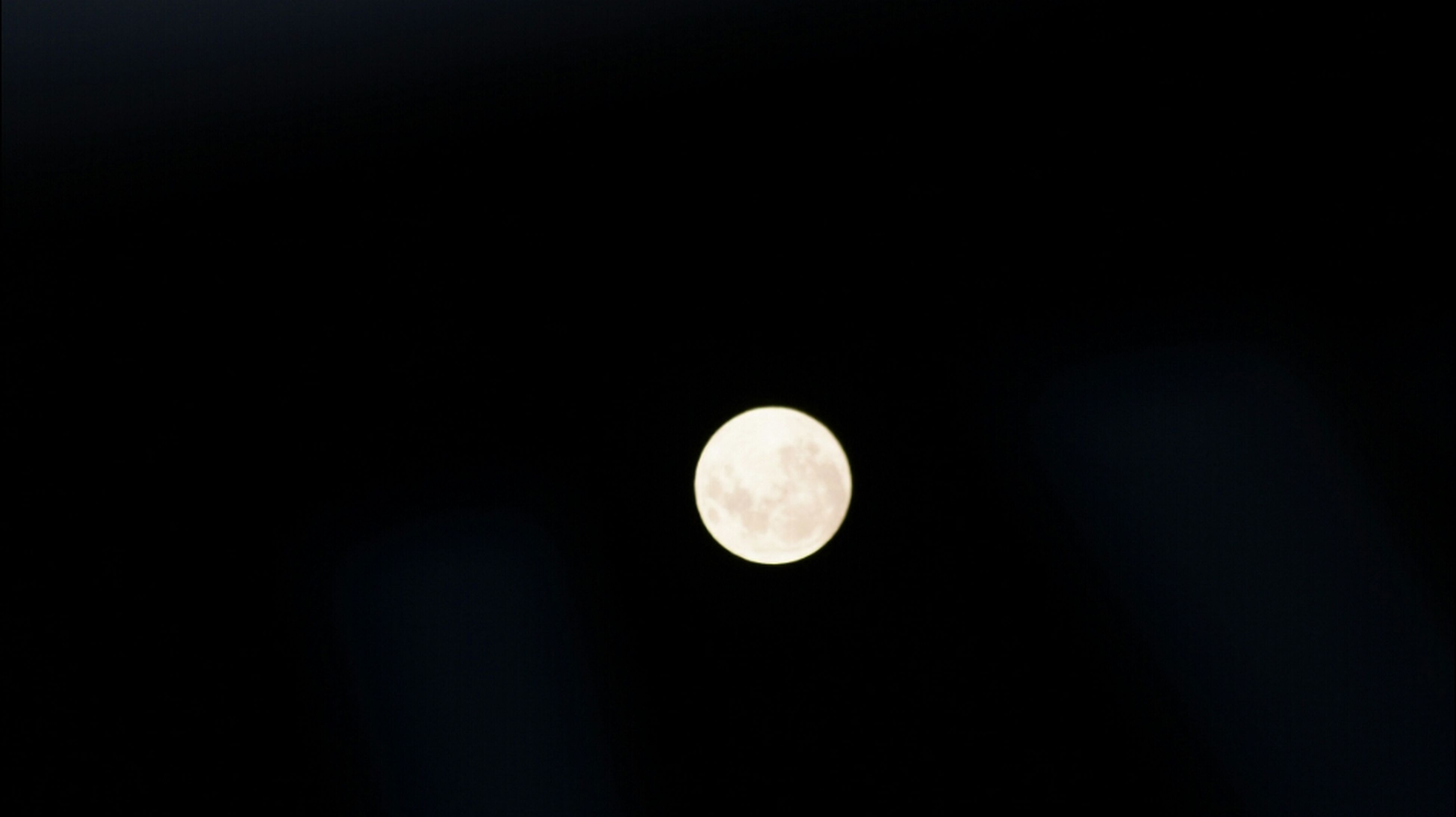 moon, astronomy, full moon, night, planetary moon, moon surface, circle, beauty in nature, copy space, low angle view, scenics, tranquil scene, sphere, tranquility, space exploration, dark, discovery, nature, clear sky, sky