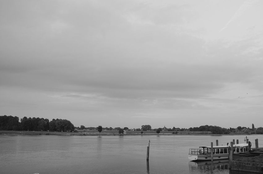 Foto's shot at the river the IJssel nearby my house Black And White Boot Ijssel Kampen Reflections River Sky And Clouds Water Reflections