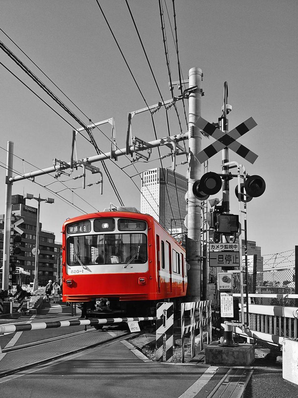 Transportation Travel Train - Vehicle Day City JapaneseStyle Tokyo,Japan Tokyo Street Photography Japanese Photography Japan Tokyo Japan Photography Nature City LED 品川 京急800形 京急 踏切
