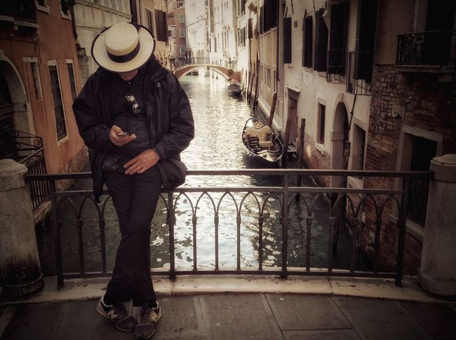 Feel The Journey Venice Status Status Update Surfing Internet Addiction People And Places