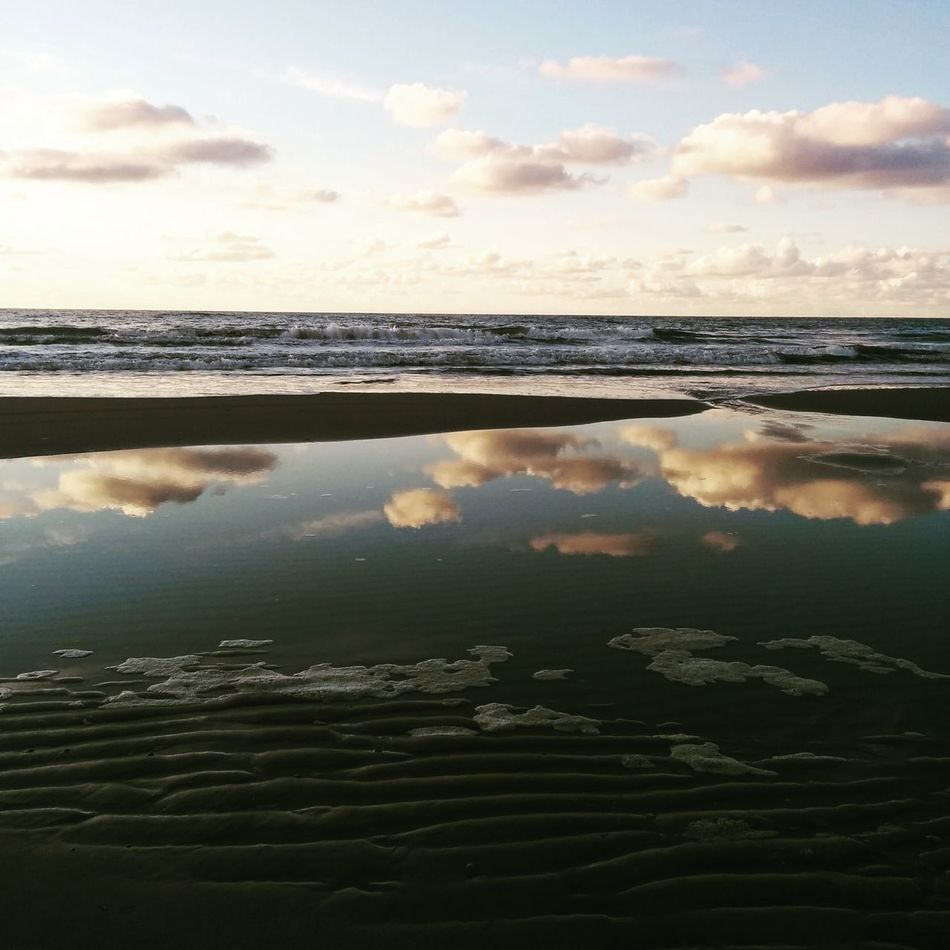 Texelstrand Texelpics Reflection Beach Hello World Enjoying Life First Eyeem Photo