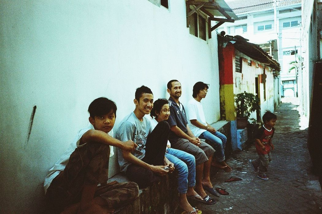 Snap A Stranger People Lomo LC-A Analogue Love Lomography Maklumfoto Streetphotography Indonesiaonthestreets Urban