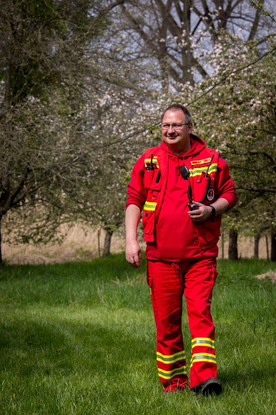 Day Deutsche Lebens-Rettungs-Gesellschaft DLRG DLRG Nieder-Olm Wörrstadt Happiness Lifeguard  Livesaving One Man Only One Person Only Men Outdoors People Red Smiling Sports Uniform