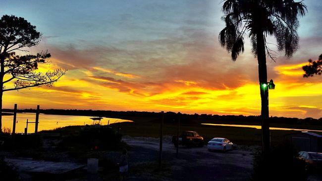 Enjoying Life Sky_collection Sunset #sun #clouds #skylovers #sky #nature #beautifulinnature #naturalbeauty #photography #landscape